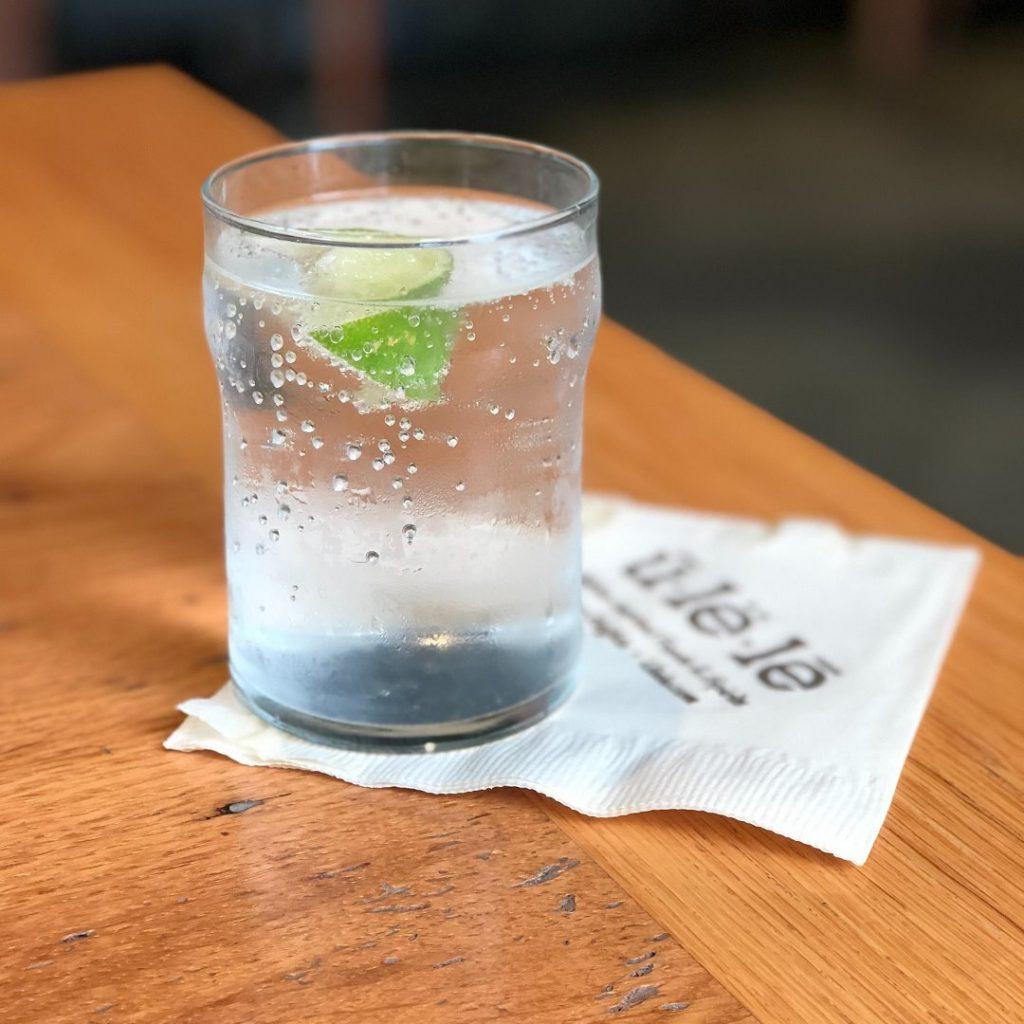 Su, içme suyu, soğuk su, meyveli su, yeşil elmalı su, maden suyu, soda