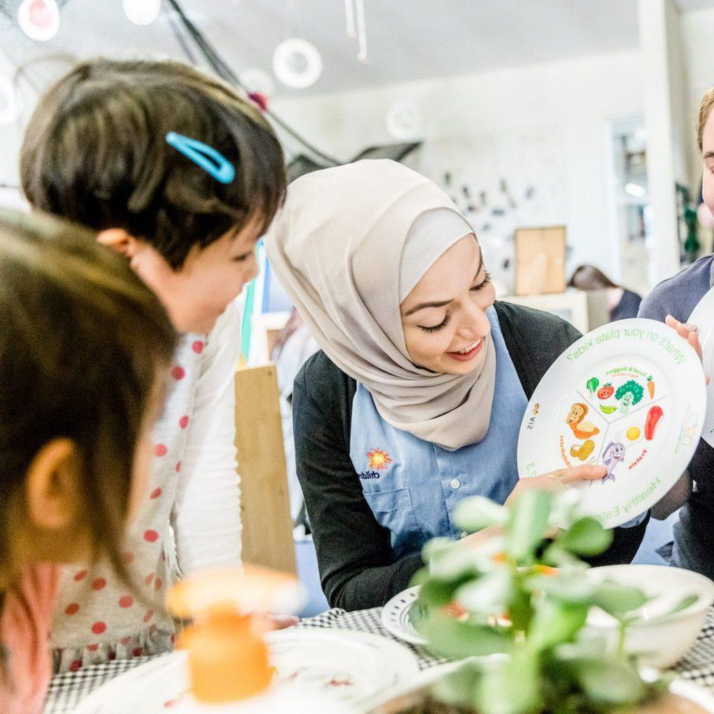 Çocuk diyetisyeni, okul diyetisyeni, pediatri beslenme uzmanı, okulda beslenme uzmanı