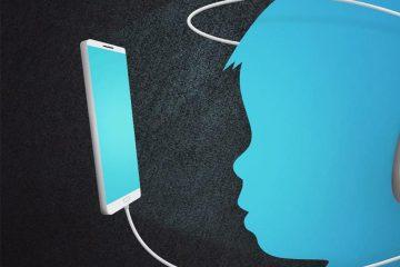 çocuk ve teknoloji, bebek ve internet, sosyal ağ, telefon, mavi, siyah