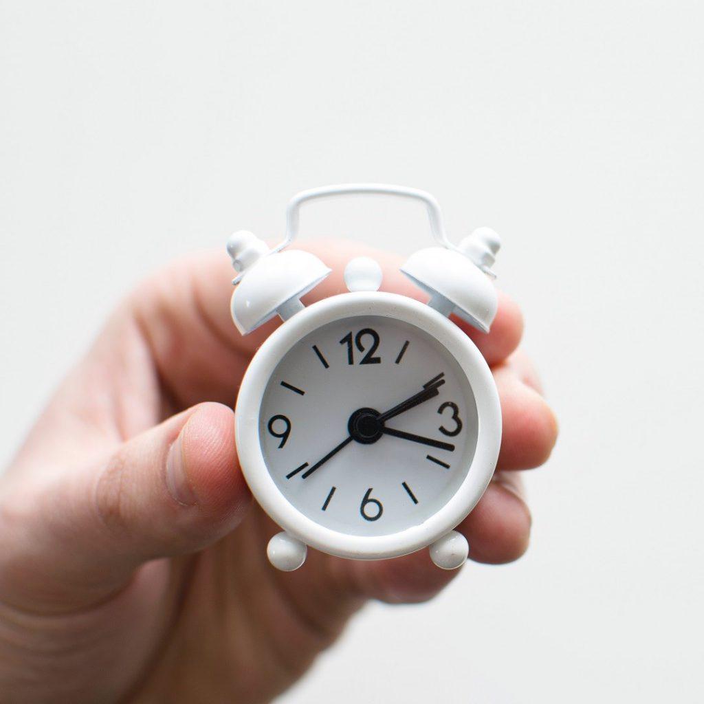saat, zaman, vakit, ara öğün, beyaz