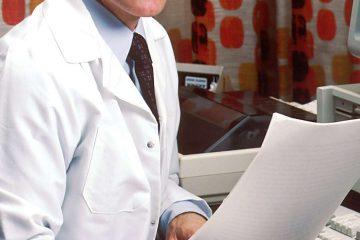 doktor, sağlık personeli, beyaz önlük, hastane