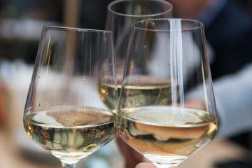 alkol, alkolizm, alkolik, sosyal alkol içiciliği, beyaz şarap