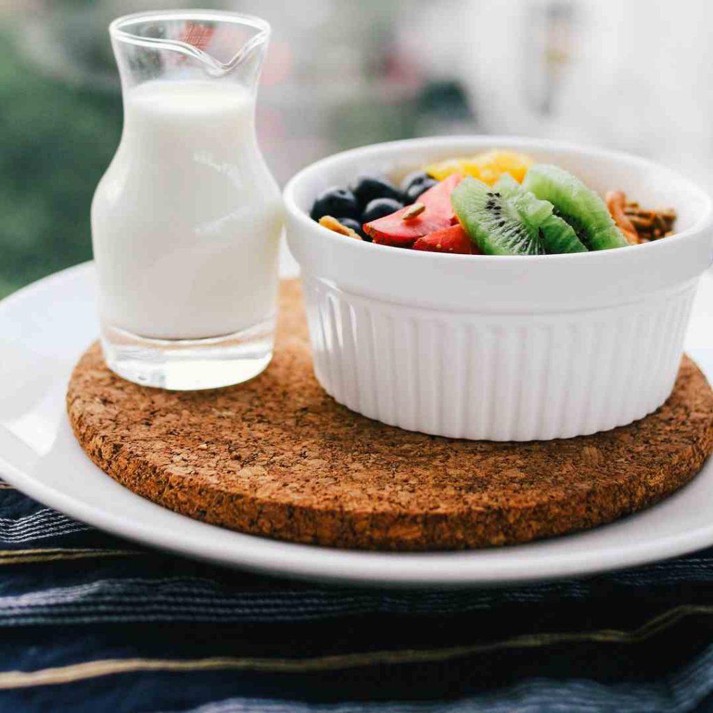 süt, meyve tabağı, beyaz