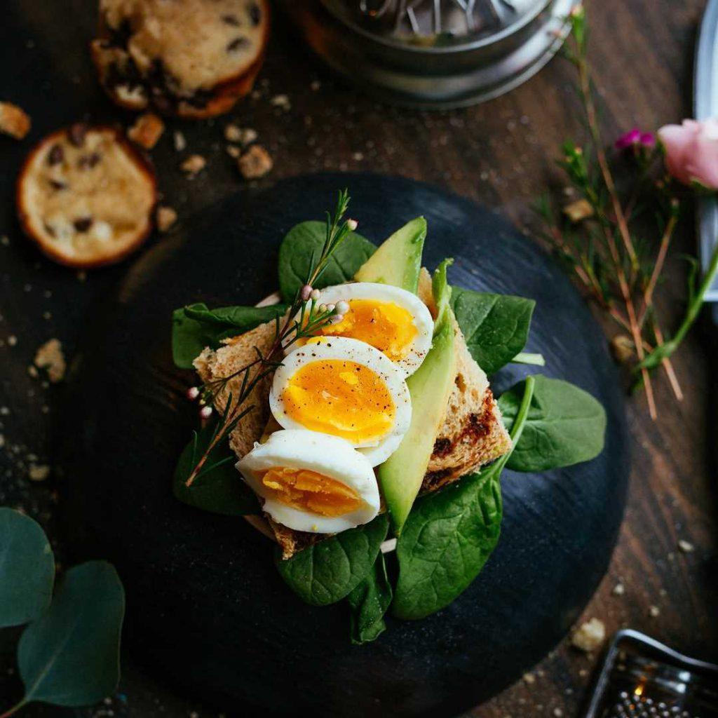Yumurta, sağlıklı tabak, haşlanmış yumurta