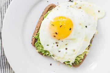 yumurta, avokado, omlet, kahvaltı