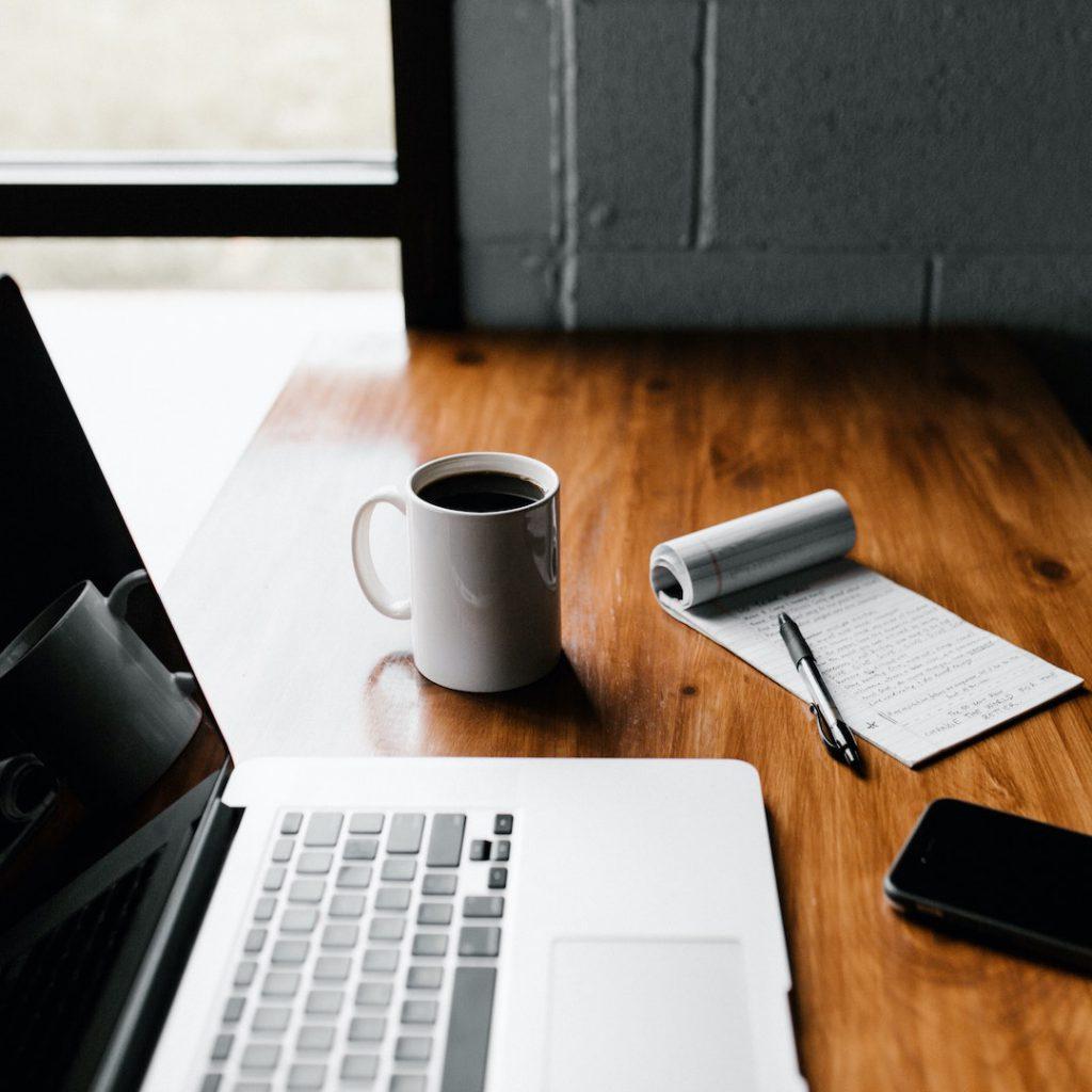 online diyet, uzaktan besienme, online diyetisyen, ofis, kahve, mac