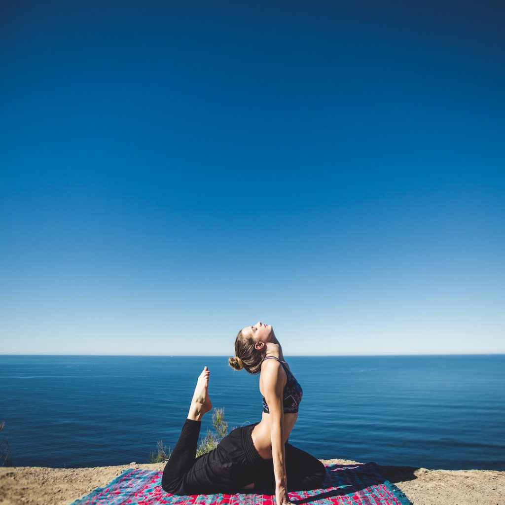 deniz, kumsal, spor, kadın, meditasyon, rahatlama, yoga