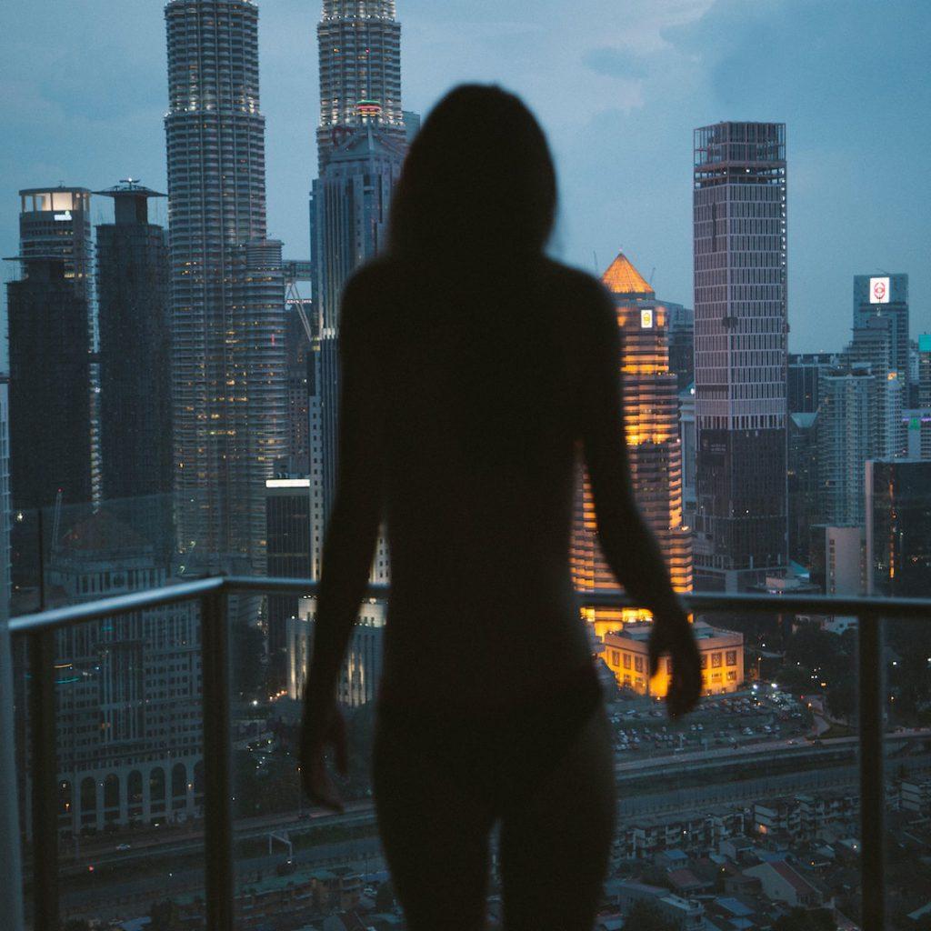 depresyon, erkek, siyah beyaz, yalnızlık, ortoreksiya