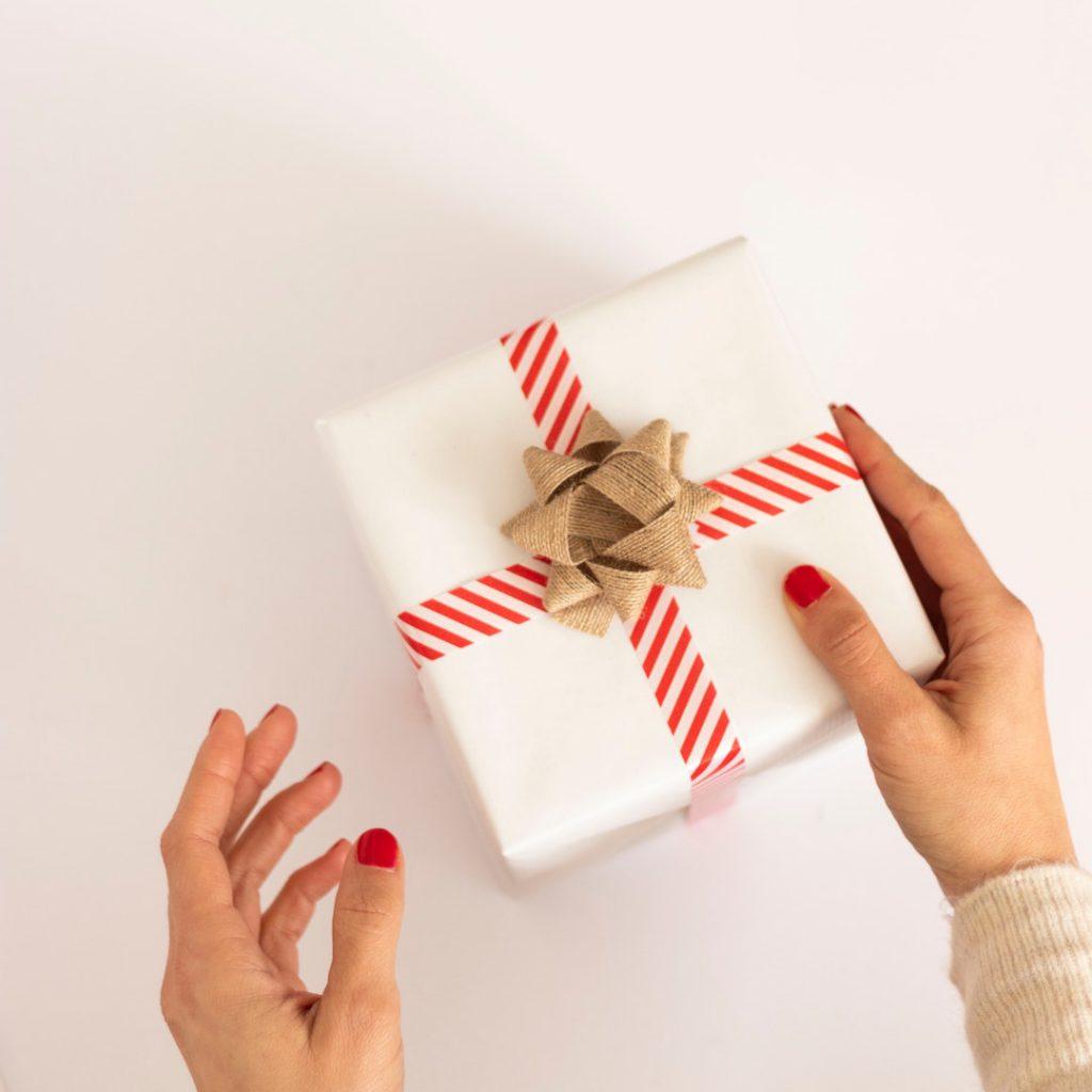hediye, armağan, gift