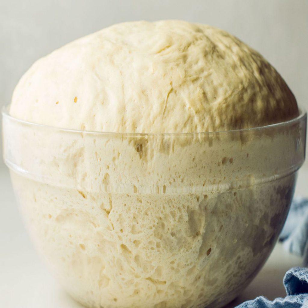 kabarmış maya, ekmek mayası, hamur, gluten, kabarcık, serevizya, ekşi maya