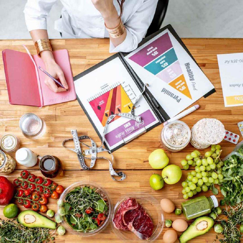 hesaplama diyetisyen, beslenme uzmanı, doktor, sağlık profesyoneli