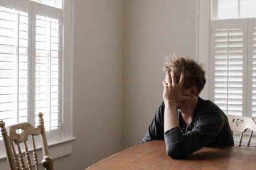 pişmanlık, stres, üzüntü, erkek, masa, yalnız, oturmak, ortoreksiya