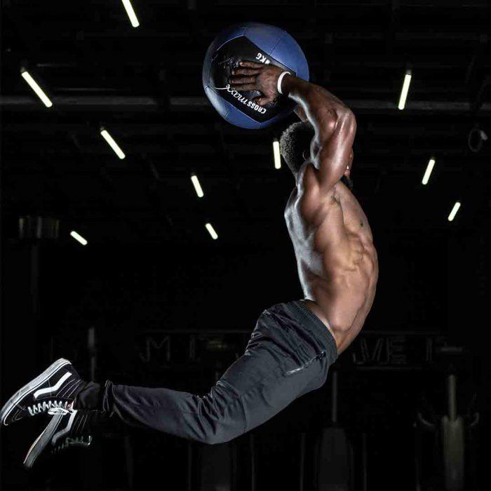bigoreksiya, egzersiz bağımlılığı, dismorfi, fitnes, spor, erkek, sporcu, zıplama