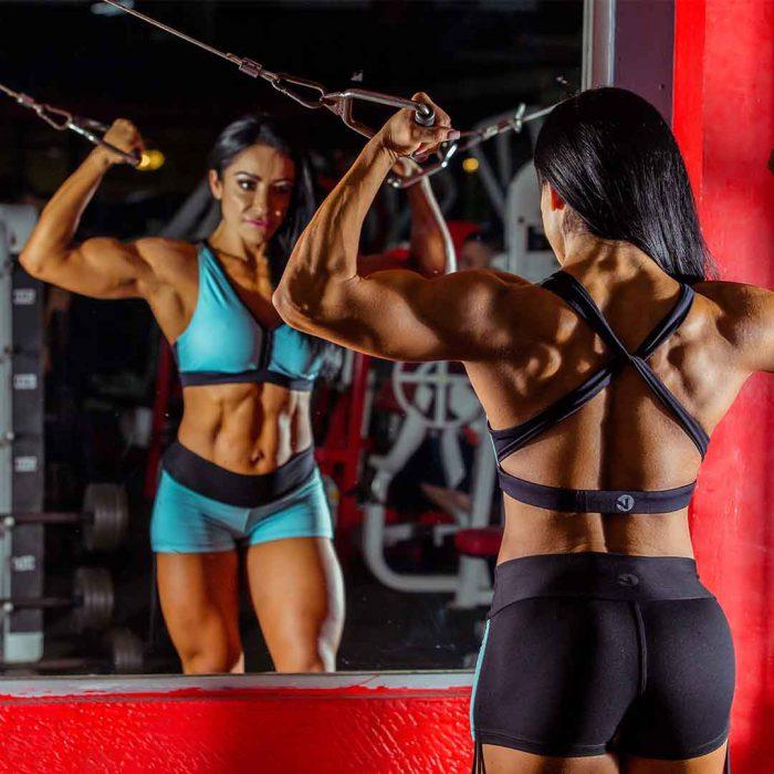 bigoreksiya, egzersiz bağımlılığı, dismorfi, fitnes, spor, kadın, vücut geliştirme, spor salonu