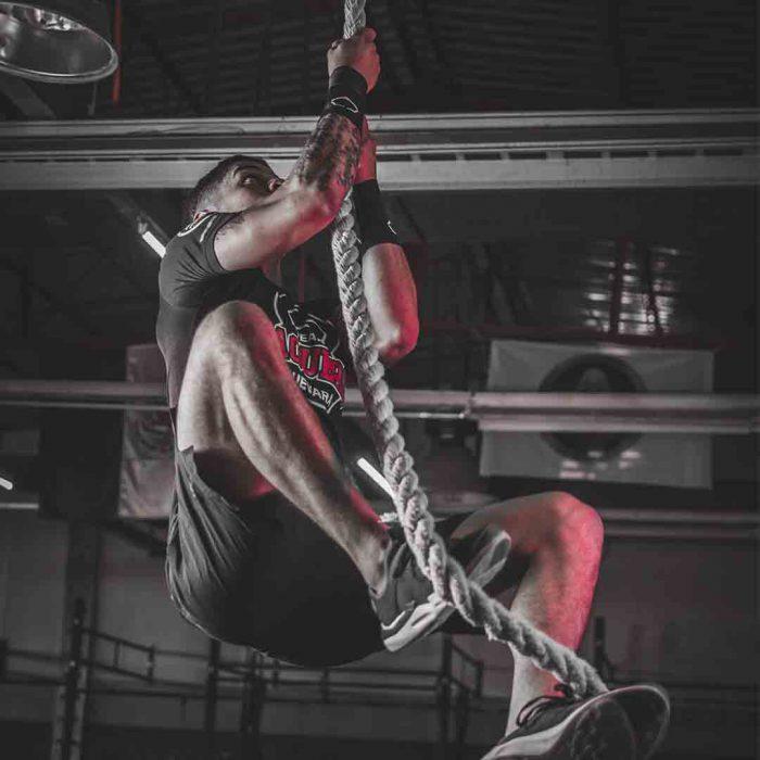 bigoreksiya, egzersiz bağımlılığı, dismorfi, fitnes, spor, tırmanma, erkek, sporcu
