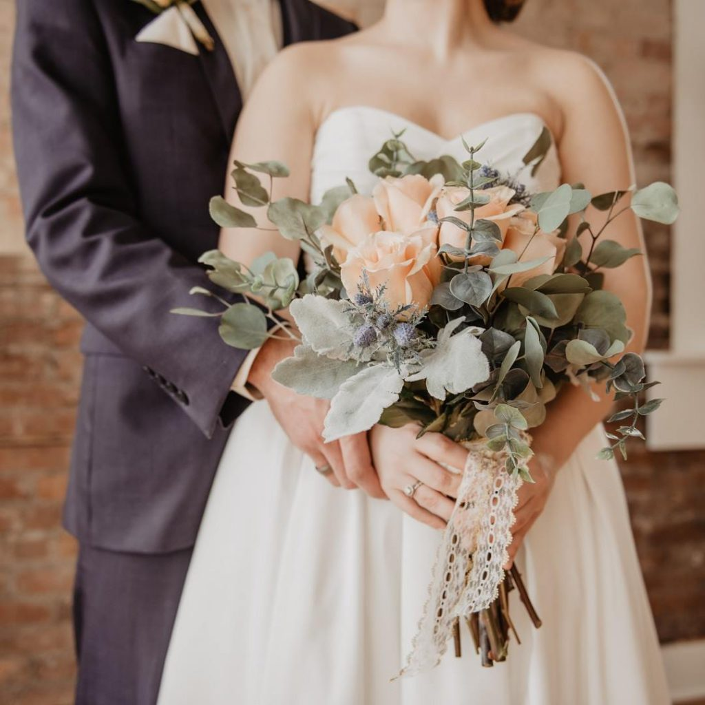 düğün, evlilik, çiçek, gelinlik, damat, cemiyet