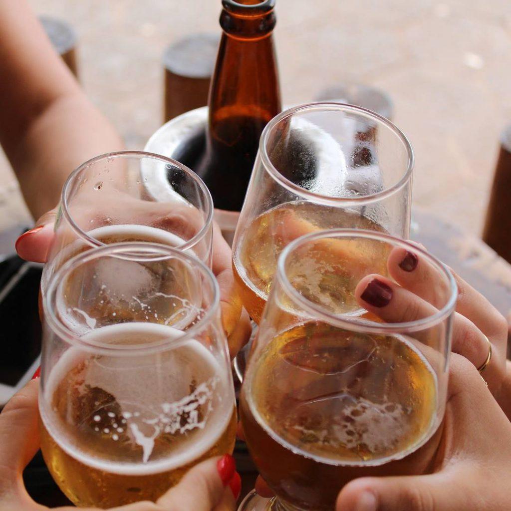 bira, alkol, içki, sosyalleşme