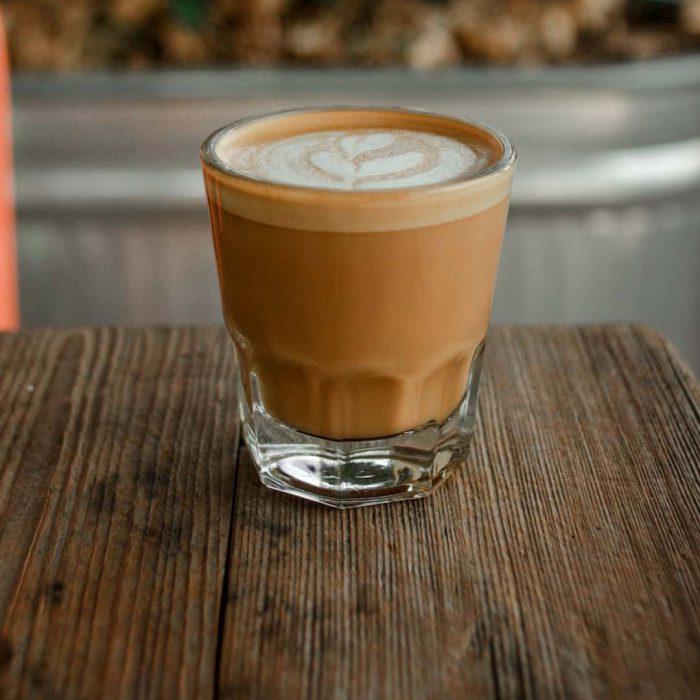Cortado, kahve, potekiz kahvesi, süt köpüklü espresso