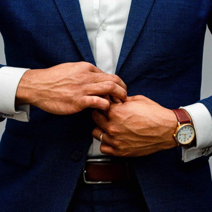 iş görüşmesi, takım elbise, kravat, toplantı, alpha male, alfa adamı, alfa erkek