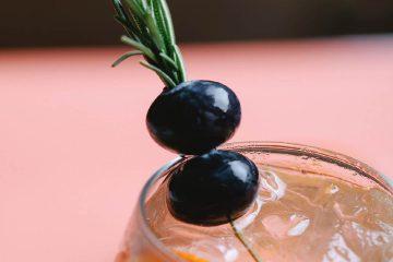 zeytin, smoothie, içecek, detoks, biberiye, rozmarin, yeşillik, baharat, fitoterapi (4)