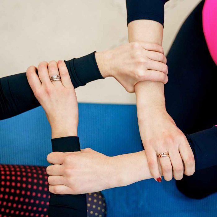 birlik, beraberlik, dayanışma, kadın, el birliği, bilek, yardım
