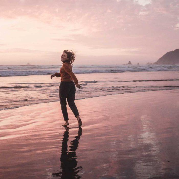 kadın, deniz, eğlence, mutlu, tatil, sakin, huzur, umut