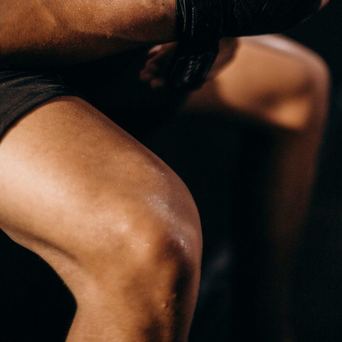 Diz, oturma, adam, bacak kası, quadriceps