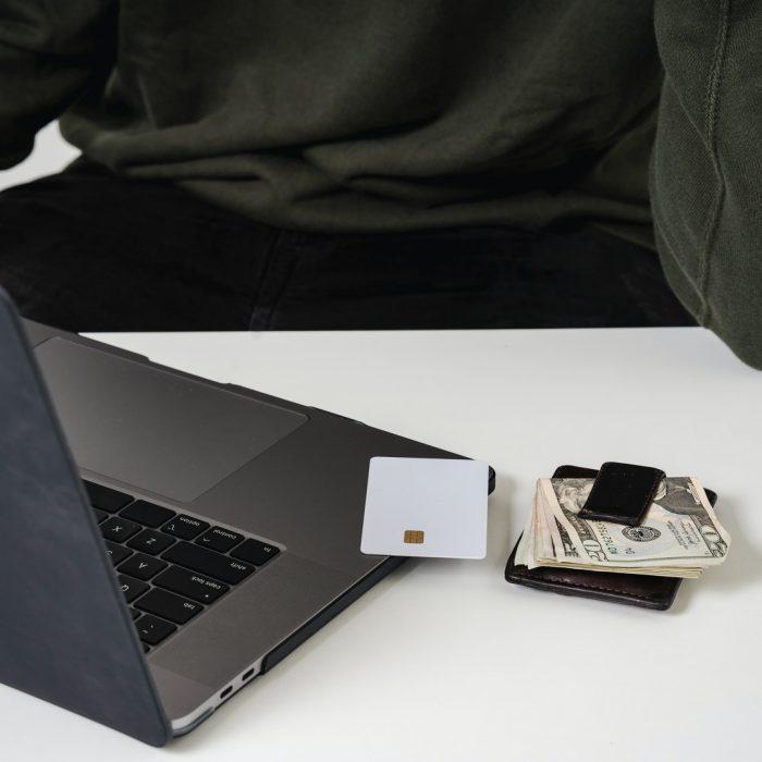 Laptop, cüzdan, kart, para, masa başı, çalışma, iş