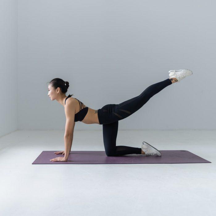 Spor, egzersiz, kalça egzersiz, spor kıyafet, mat, spor yapan kadın