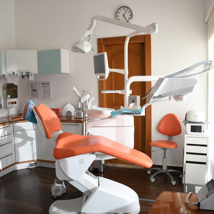 diş kliniği, diş muayenehanesi