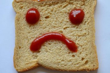 ekmek, ketçap, sağlıksız beslenme, duygusal yeme, duygusal açlık, psikodiyet, beslenme psikolojisi, üzgün, kaygılı